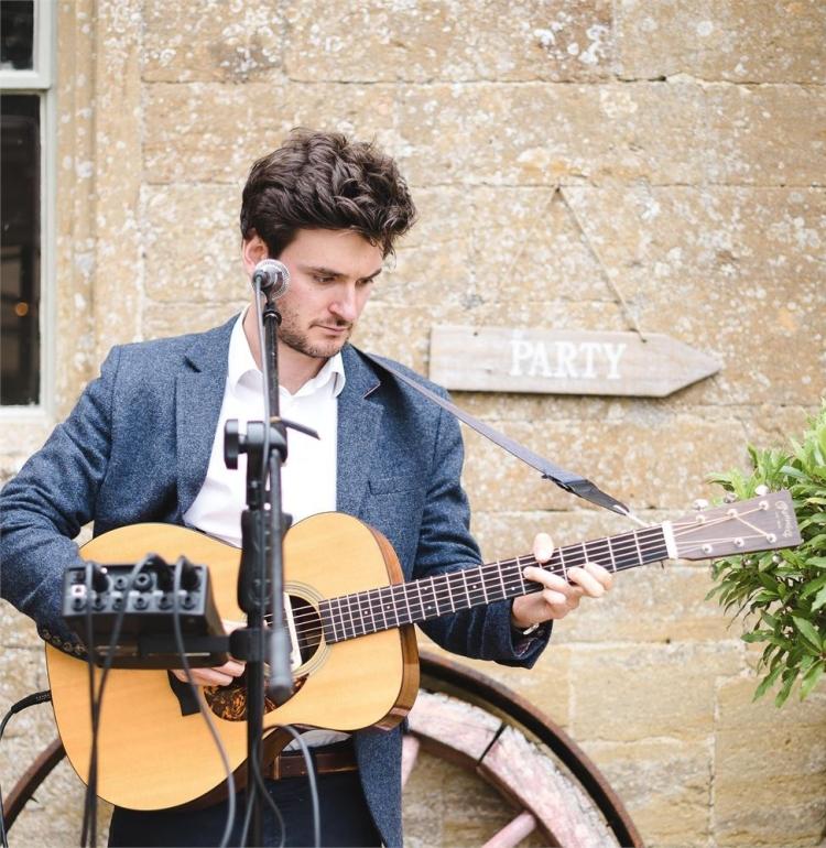 music-and-djs-james-mclean-weddings