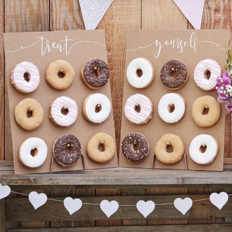 donut-wall-alternative-wedding-cake