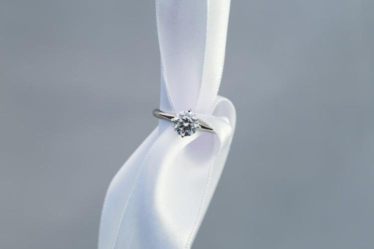 Coronet tie the knot 2