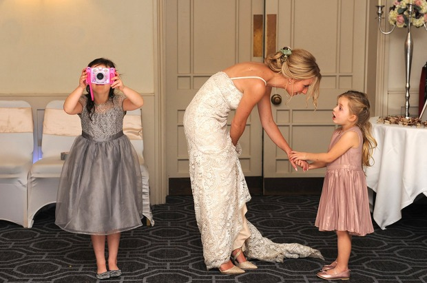 Bride-and-girls-at-wotton-house-wedding