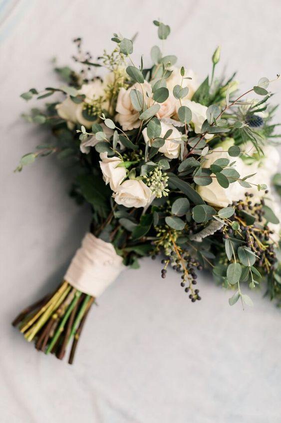 leafy-wedding-bouquet.jpg